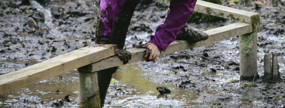 Mud run - 962 x 365
